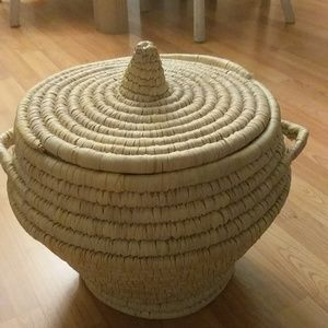 Other - Very large basket. EUC